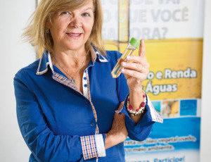 Advogada cria ONG para incentivar reciclagem de óleo de cozinha usado